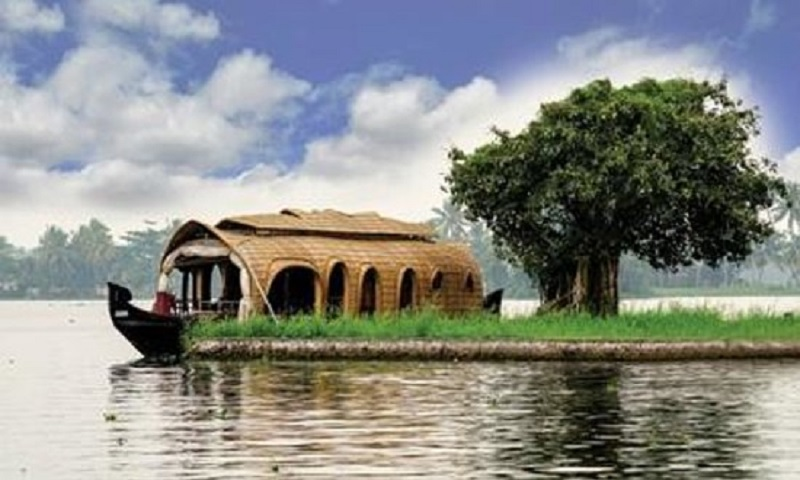 Top 4 Unforgettable Moments With Kerala Backwaters