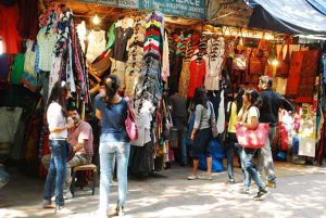 Janpath - The Street Shopping Delight You Should Definitely Try