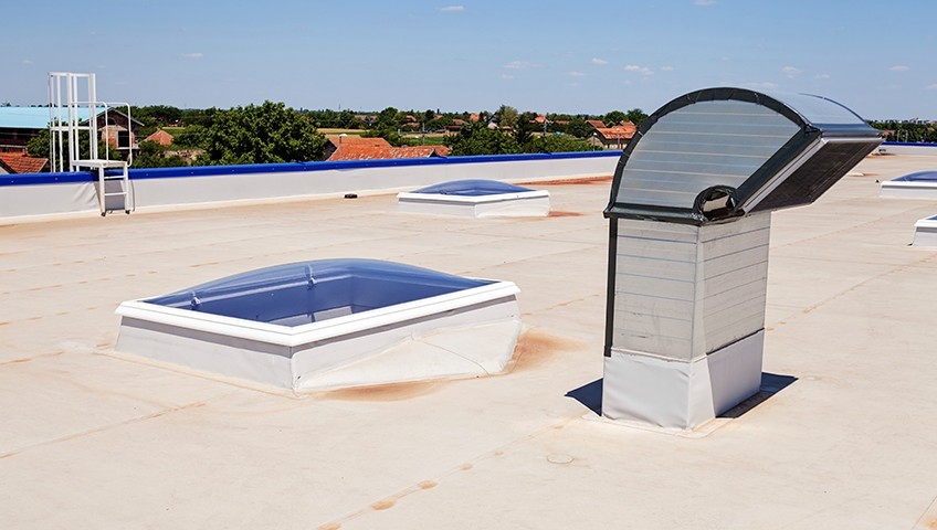 reasons-flat-roofs-make-sense-for-any-commercial-property