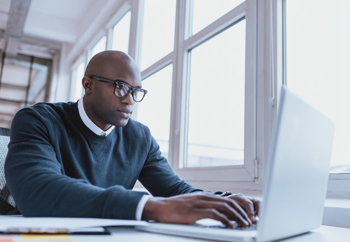 5 Reasons To Choose Online Life Experience Degree Over A Traditional University