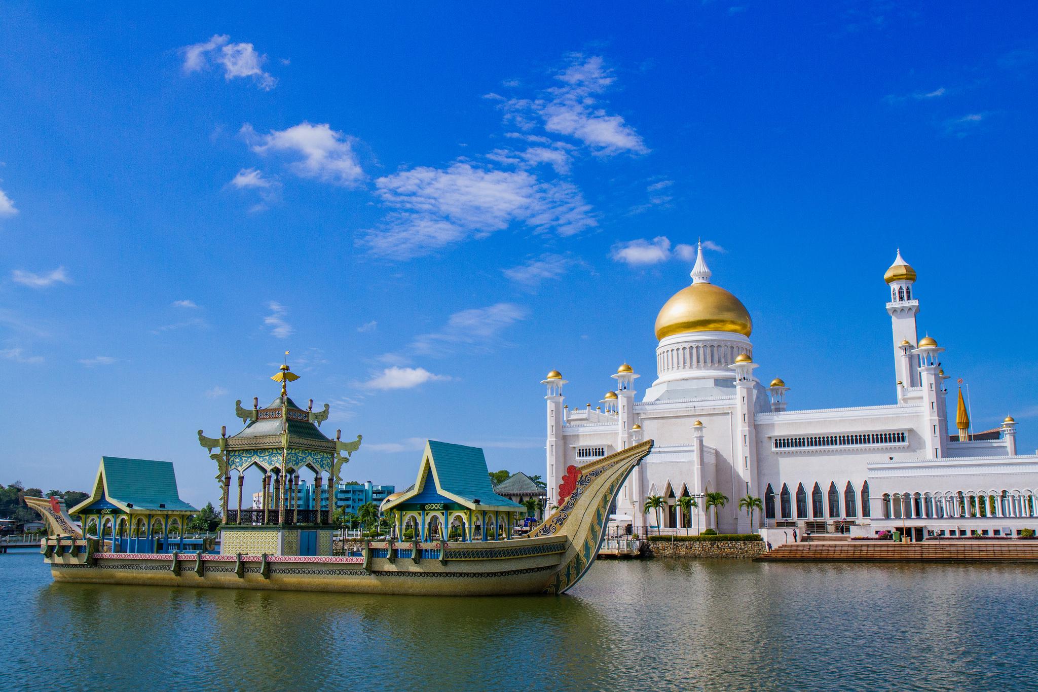 Sultan Omar Ali Saifuddin Mosque (Brunei):