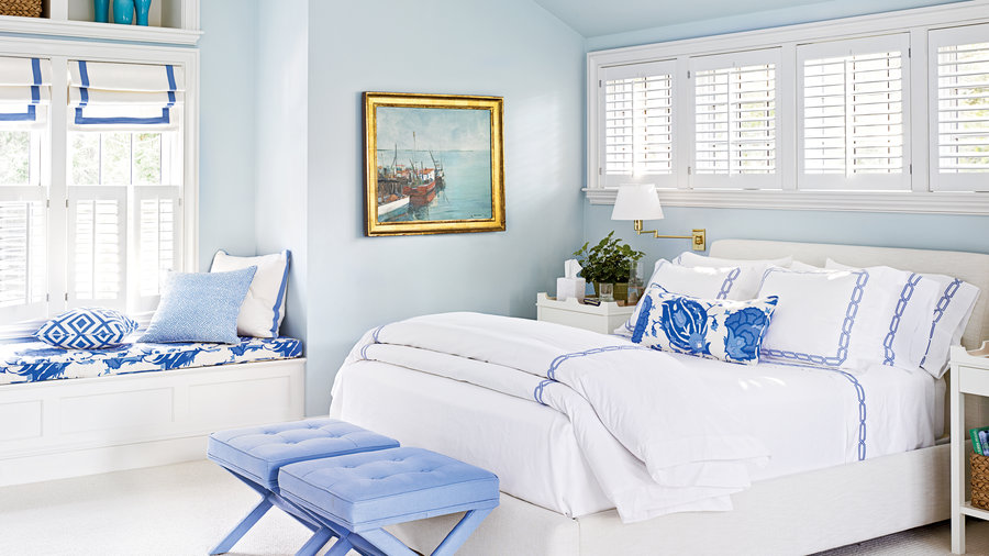 pale blue bedroom walls idea