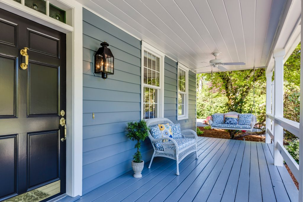 Best Composite Decking Materials and Options In 2020