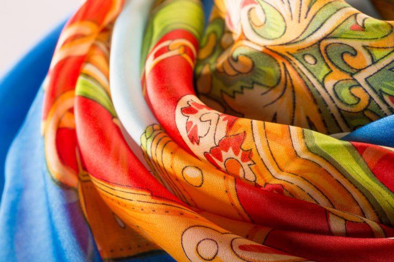 How to Wear A Silk Scarf